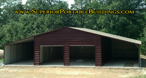 Enclosed center section barn with 2 lean tos